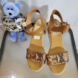 KANNA Women Shoe Size 8.5